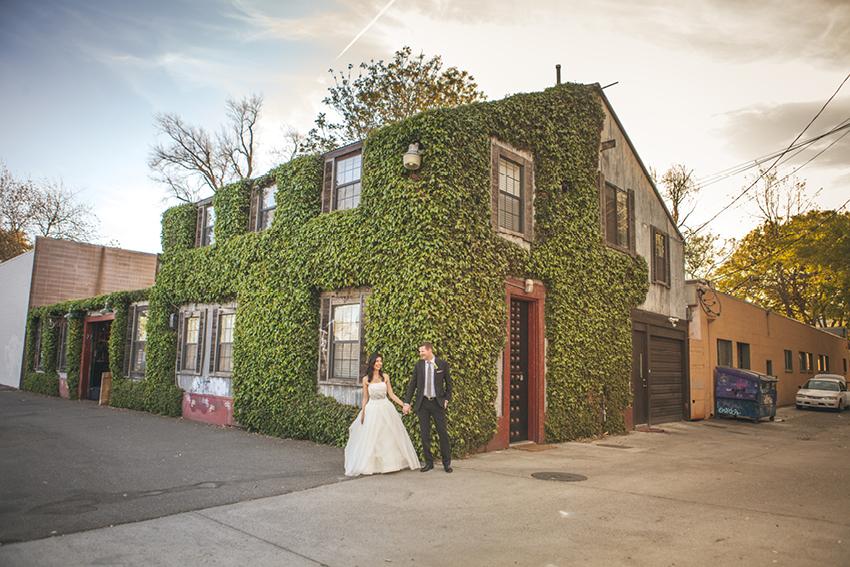 Wedding Photography In Sacramento Ca: Sweet Wedding At Beatnik Studios, Sacramento